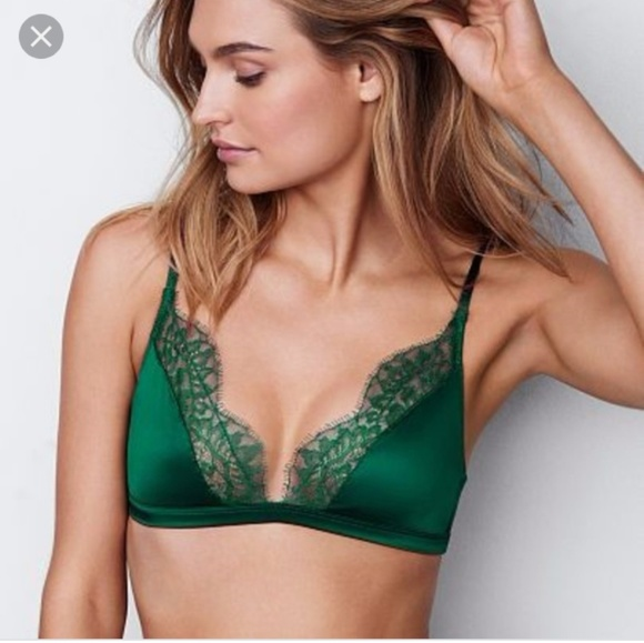 7223986c06ef7 Vs very sexy green satin triangle lace bralette S NWT